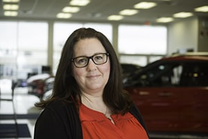 Jennifer Philip : Financial Services Manager